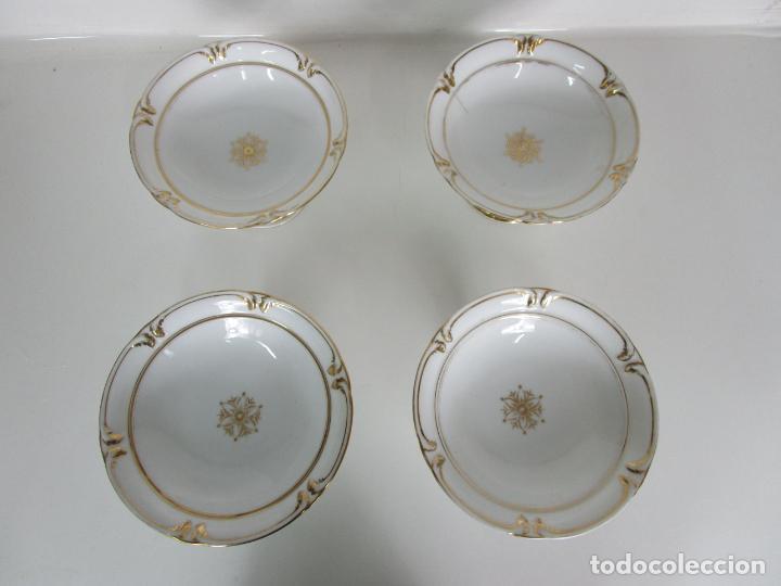 Antigüedades: Decorativo Juego de Fruteras Isabelinas - Frutera Porcelana Dorada - Altura 14 cm - S. XIX - Foto 4 - 190817563