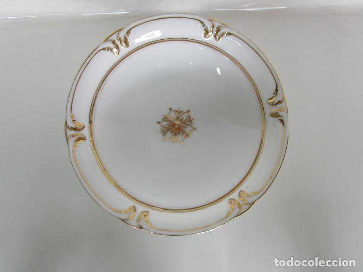 Antigüedades: Decorativo Juego de Fruteras Isabelinas - Frutera Porcelana Dorada - Altura 14 cm - S. XIX - Foto 6 - 190817563