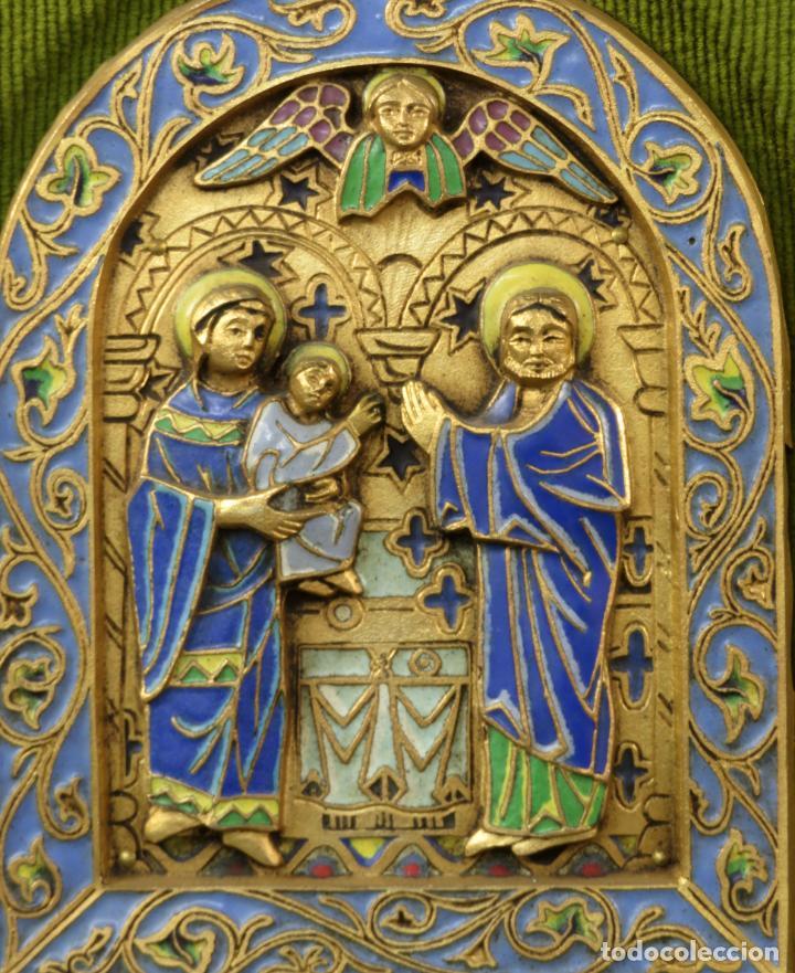 Antigüedades: Sagrada Familia de estilo románico en bronce esmaltado al fuego Modest Morato siglo XX - Foto 2 - 241048690