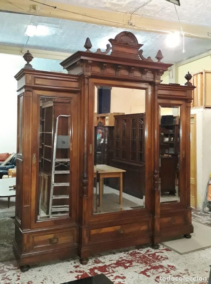 Antigüedades: Armario antiguo estilo alfonsino. Gran armario ropero antiguo con espejo estilo isabelino grande. - Foto 15 - 190868583