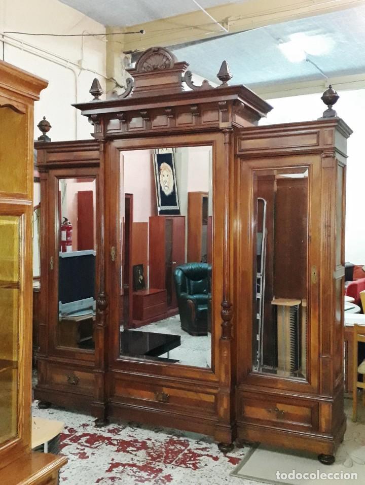 Antigüedades: Armario antiguo estilo alfonsino. Gran armario ropero antiguo con espejo estilo isabelino grande. - Foto 14 - 190868583