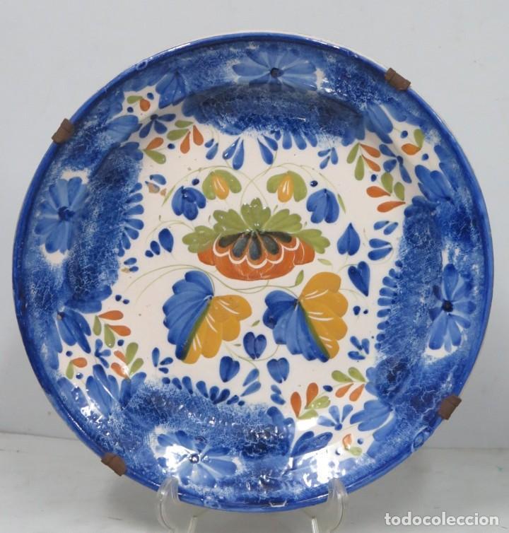 GRAN PLATO DE MANISES-RIBESALBES. SIGLO XIX (Antigüedades - Porcelanas y Cerámicas - Manises)