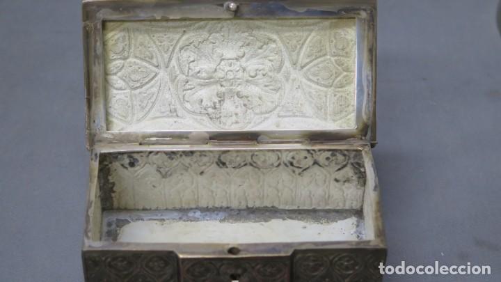 Antigüedades: ANTIGUO COFRE NEOGOTICO DE COBRE PLATEADO - Foto 3 - 190873815
