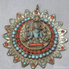 Antigüedades: ANTIGUO COLGANTE BUDISTE TIBETANO. Lote 190874638