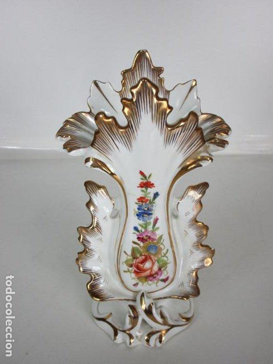Antigüedades: Precioso Jarrón Estilo Isabelino - Porcelana Viejo París, Francia - S. XIX - Foto 3 - 190895843