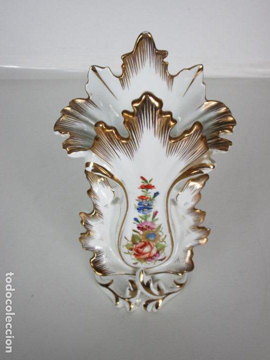 Antigüedades: Precioso Jarrón Estilo Isabelino - Porcelana Viejo París, Francia - S. XIX - Foto 5 - 190895843