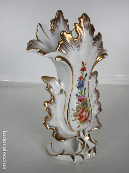 Antigüedades: Precioso Jarrón Estilo Isabelino - Porcelana Viejo París, Francia - S. XIX - Foto 6 - 190895843