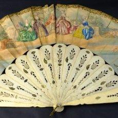 Antigüedades: ABANICO VARILLAJE EN HUESO CALADO PAIS EN PAPEL ILUMINADO Y PINTADO SIGLO XIX. Lote 190997282