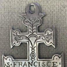 Antigüedades: CRUZ DE CARAVACA - SIN PECADO ORIGINAL - S. FRANCISCE ORA P ROME - SIGLO XVIII - PLATA. Lote 191013683