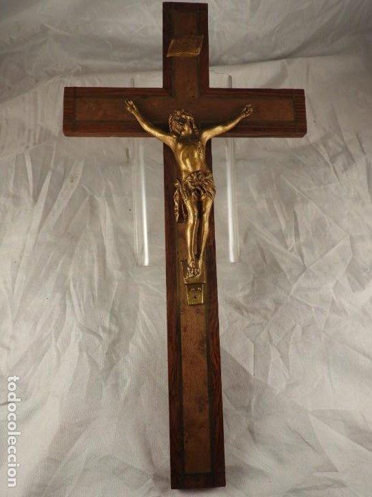 Antigüedades: CRISTO EN LA CRUZ DE MADERA DE MARQUETERIA - Foto 10 - 191014297