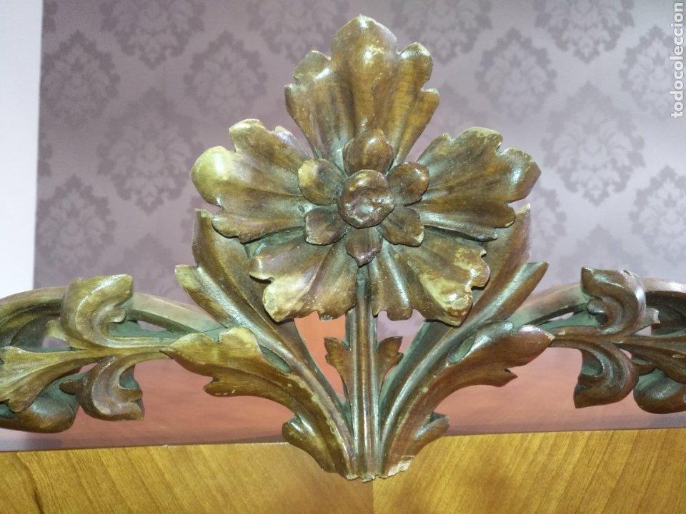 Antigüedades: Precioso Remate copete Talla madera medianos o finales S XIX Para cama o armario 75 cm x 20 cm. - Foto 4 - 191031106