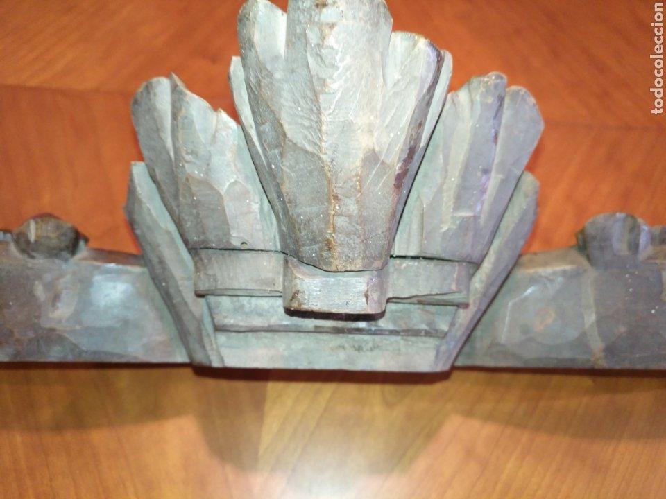 Antigüedades: Precioso Remate copete Talla madera medianos o finales S XIX Para cama o armario 75 cm x 20 cm. - Foto 14 - 191031106