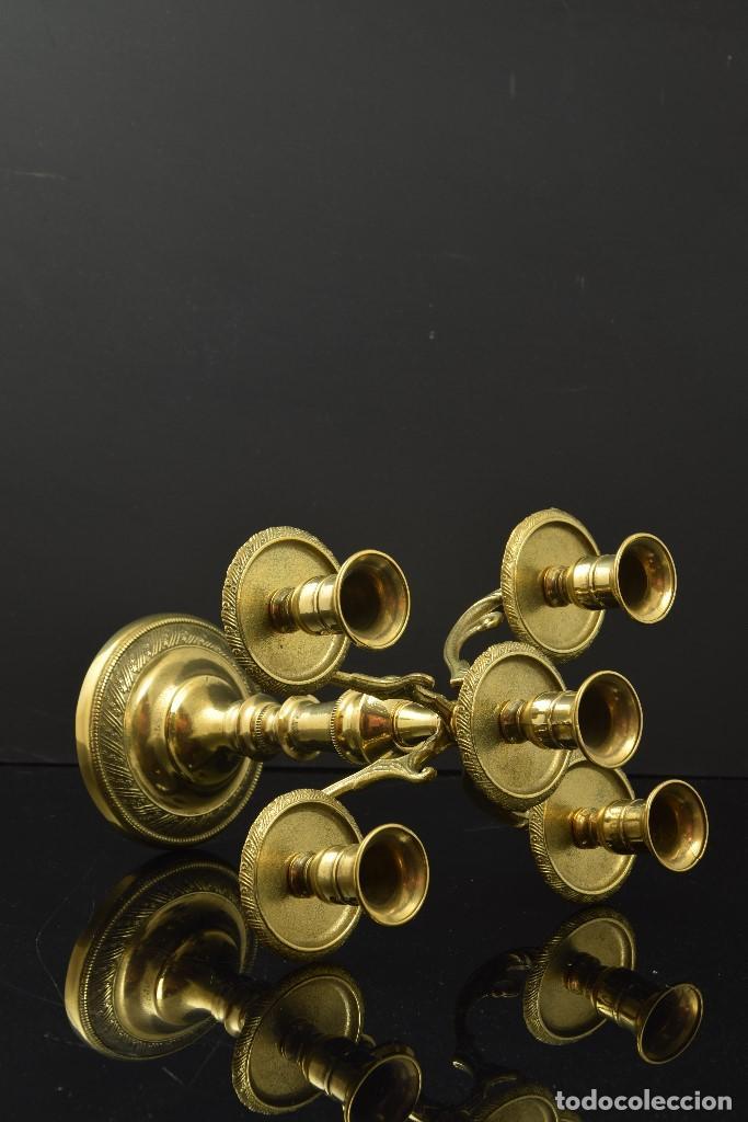 Antigüedades: Candelabro. Metal dorado. Siglo XX - Foto 4 - 191039257
