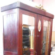 Antiquités: ANTIGUO ARMARIO IMPERIO.. Lote 191089911