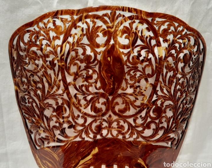 Antigüedades: ANTIGUA GRAN PEINETA SIMIL CAREY. PERFECTO ESTADO. - Foto 2 - 191094712
