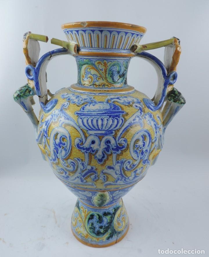 Antigüedades: Jarrón tipo ánfora de cerámica Talavera, Niveiro, Gran Tamaño mide 51 x 37 cms. Dedicado por - Foto 7 - 191151080