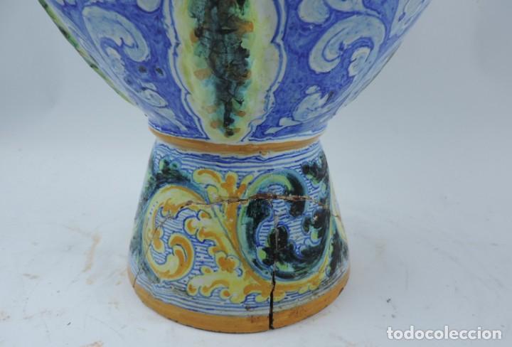 Antigüedades: Jarrón tipo ánfora de cerámica Talavera, Niveiro, Gran Tamaño mide 51 x 37 cms. Dedicado por - Foto 14 - 191151080