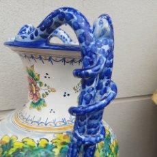 Antigüedades: JARRON ÁNFORA CERÁMICA DE TALAVERA ASA DE SERPIENTE ALTURA 55 CM. Lote 191165723