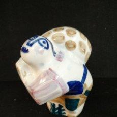 Antigüedades: BONITA FIGURA DE PORCELANA SARGADELOS. Lote 191192208