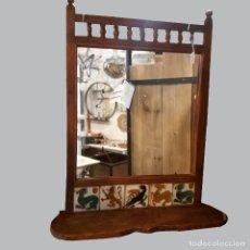 Antigüedades: ESPEJO ANTIGUO CON REPISA Y AZULEJOS. Lote 191206053