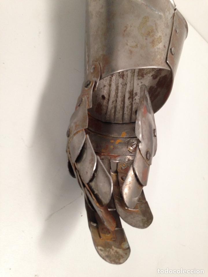 Antigüedades: guante medieval - Foto 4 - 191215511