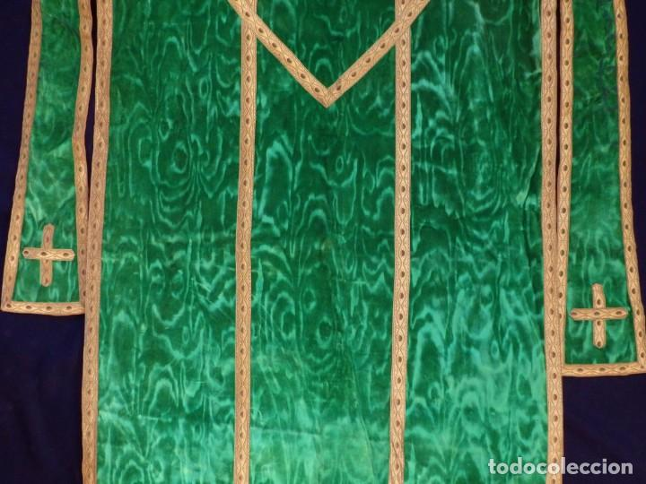 Antigüedades: Casulla con su estola confeccionada en terciopelo. Hacia 1900. - Foto 14 - 191221553
