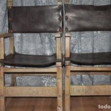 Antigüedades: 2 SILLONES ANTIGUOS DE MADERA Y CUERO. Lote 191306247