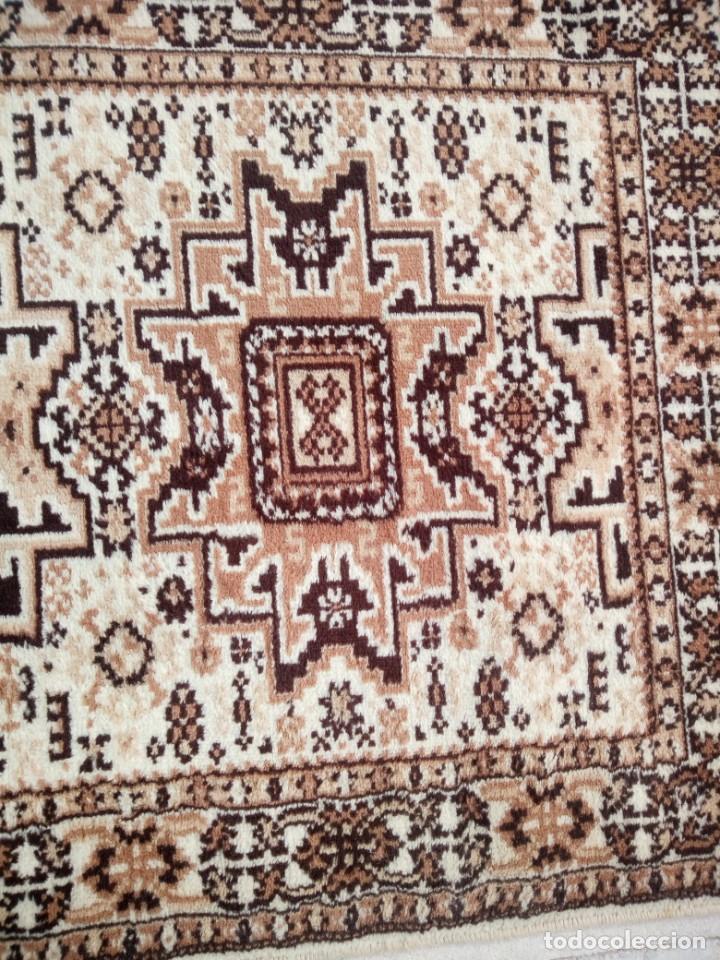 Antigüedades: Preciosa alfombra de pasillo de lana,tonos beig y marron,industrial. - Foto 8 - 191308416
