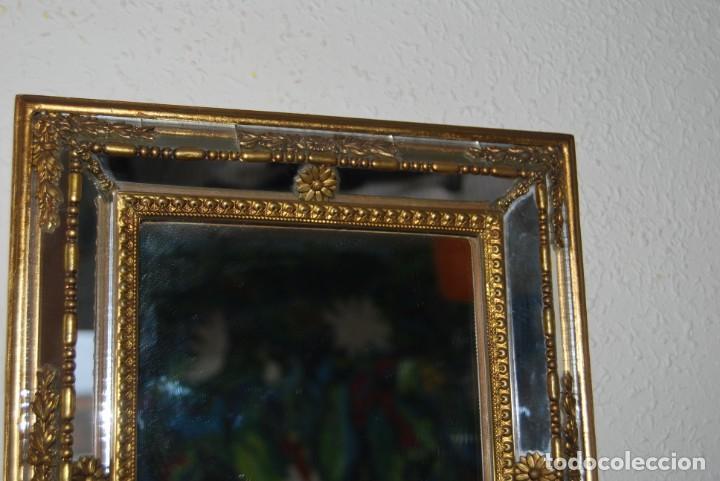 Antigüedades: BONITO ESPEJO TIPO VENECIANO - MARCO DE ESPEJO Y METAL - AÑOS 40 - Foto 3 - 191331721