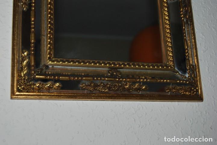 Antigüedades: BONITO ESPEJO TIPO VENECIANO - MARCO DE ESPEJO Y METAL - AÑOS 40 - Foto 5 - 191331721