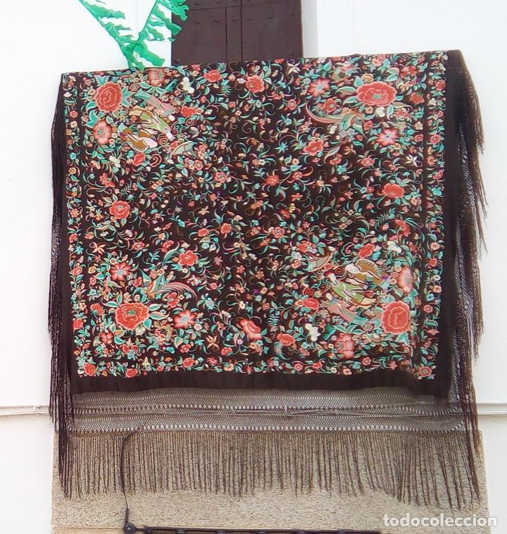 Antigüedades: Impresionante manton Manila antiguo S. XIX. 1830 marrón chocolate - Foto 18 - 191378098