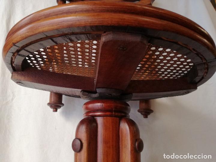 Antigüedades: ANTIGUA SILLA GIRATORIA DE ESTILO THONET, PARA PIANO O ESCRITORIO. - Foto 5 - 191399375