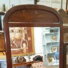Antigüedades: ESPEJO ANTIGUO EN MADERA. Lote 191401390