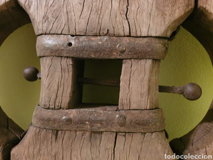Antigüedades: RUEDA DE CARRO NORTEÑA MUY BIEN CONSERVADA S.XIX EL ENVIO SERIA POR CUENTA DEL COMPRADOR - Foto 7 - 191409556
