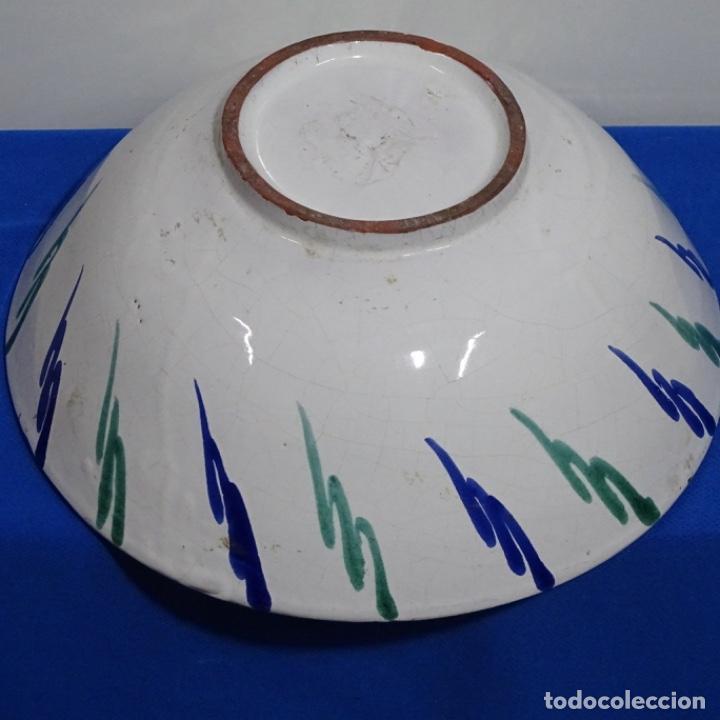 Antigüedades: Antiguo Plato lebrillo de fajalauza.29 cm de diámetro. - Foto 5 - 191418013