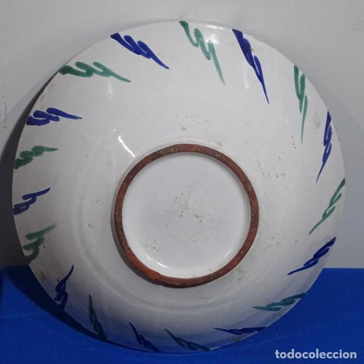 Antigüedades: Antiguo Plato lebrillo de fajalauza.29 cm de diámetro. - Foto 6 - 191418013