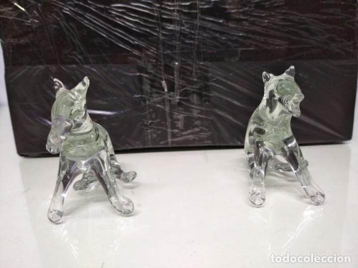 Antigüedades: 2 figuras de cristal de roca. 12cm x 5cm. - Foto 2 - 191428151