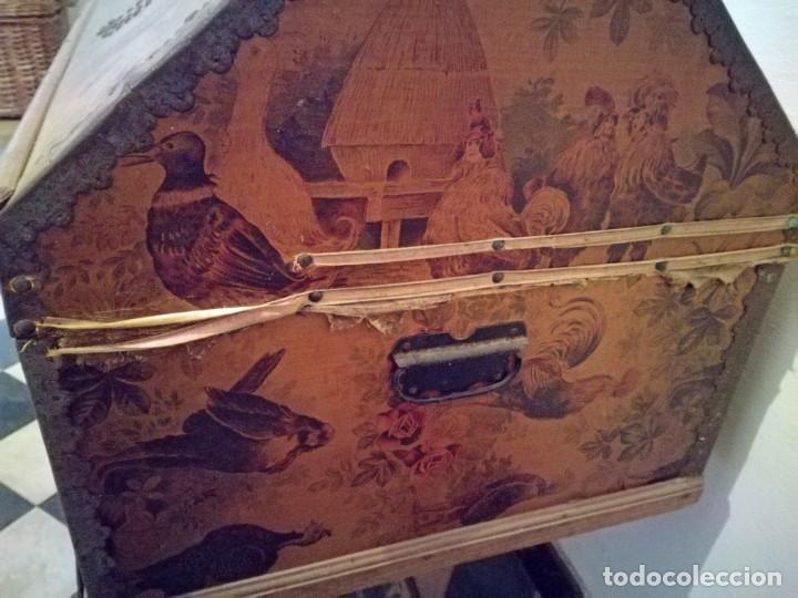 Antigüedades: ANTIGUO BAÚL CON SOPORTE DE MADERA. - Foto 11 - 163972030