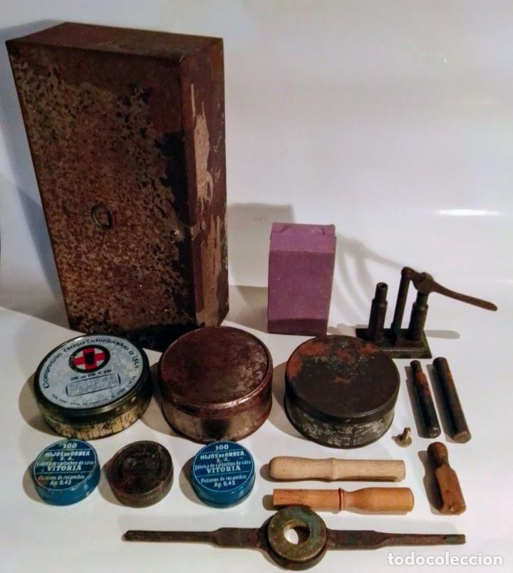 ESTUCHE DE CARGAS DE CARTUCHOS (Antigüedades - Técnicas - Rústicas - Caza)