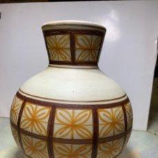 Antigüedades: JARRÓN DE CERÁMICA. TALAVERA LA MENORA. PERFECTO ESTADO. Lote 191575501