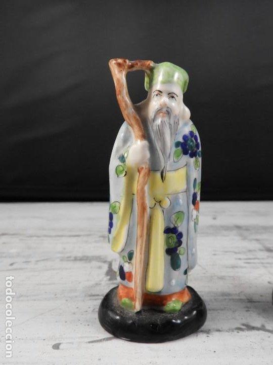 Antigüedades: PAREJA DE ANTIGUAS FIGURAS DE PORCELANA CHINA - Foto 13 - 191642457