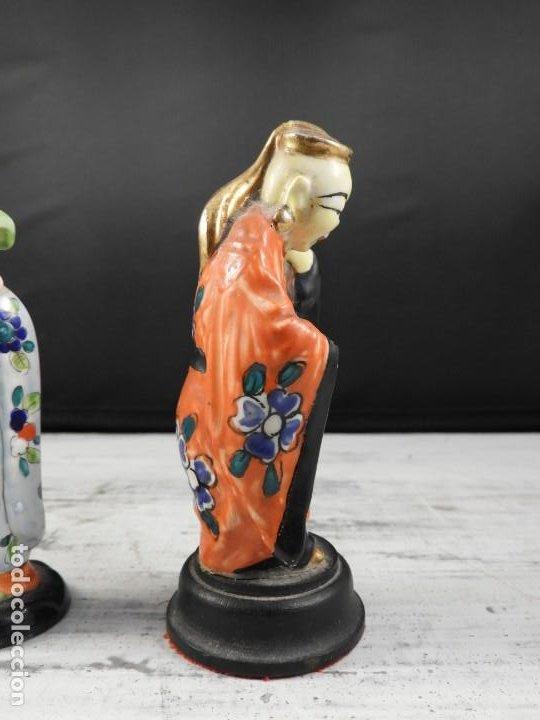 Antigüedades: PAREJA DE ANTIGUAS FIGURAS DE PORCELANA CHINA - Foto 9 - 191642457
