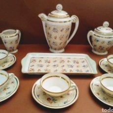 Antigüedades: JUEGO DE CAFE O TE PL FRANCE 14 PIEZAS DECORACIÓN FLORAL Y DORADO. Lote 191642820