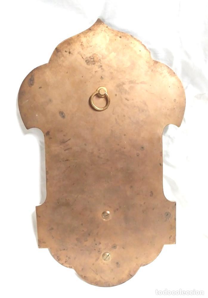 Antigüedades: Benditera Virgen del Rosario Porcelana Esmaltada, Bronce Esmalte Cloisonne y base Marmol. - Foto 5 - 191690723