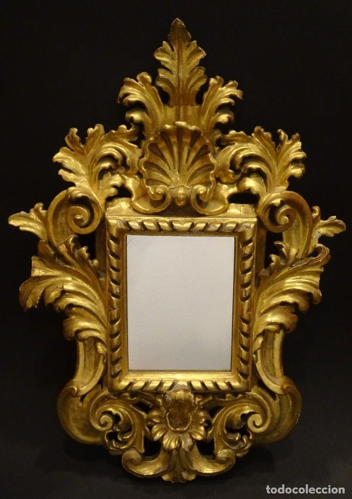 Antigüedades: Pareja de cornucopias en espejo, fin S.XVIII- madera tallada y dorada con oro fino - Foto 2 - 191696470