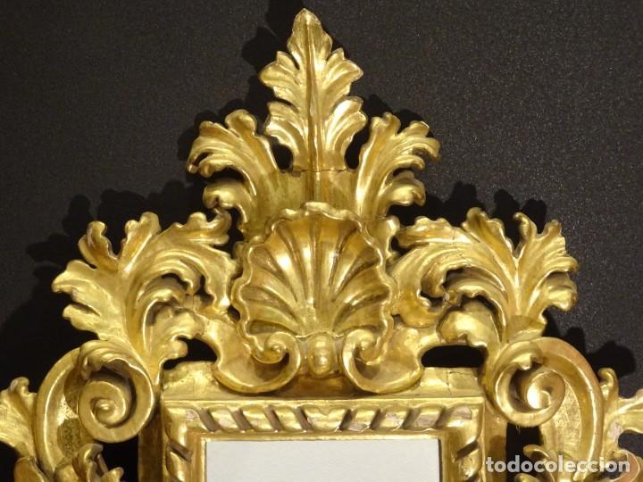 Antigüedades: Pareja de cornucopias en espejo, fin S.XVIII- madera tallada y dorada con oro fino - Foto 5 - 191696470