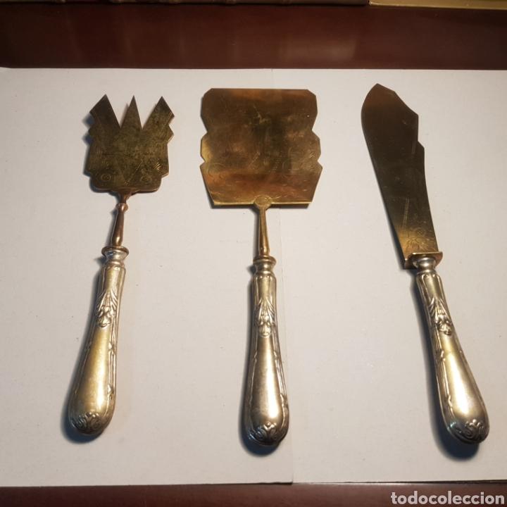 Antigüedades: PRECIOSO JUEGO ART DECO PARA SERVICIO DE MESA EN ALPACA Y LATON - Foto 16 - 191712873