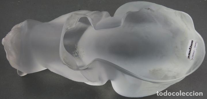 Antigüedades: Chat Couche en vidrio prensado cristal glace tallado Lalique Francia firmado hacia 1930 - Foto 10 - 191790165