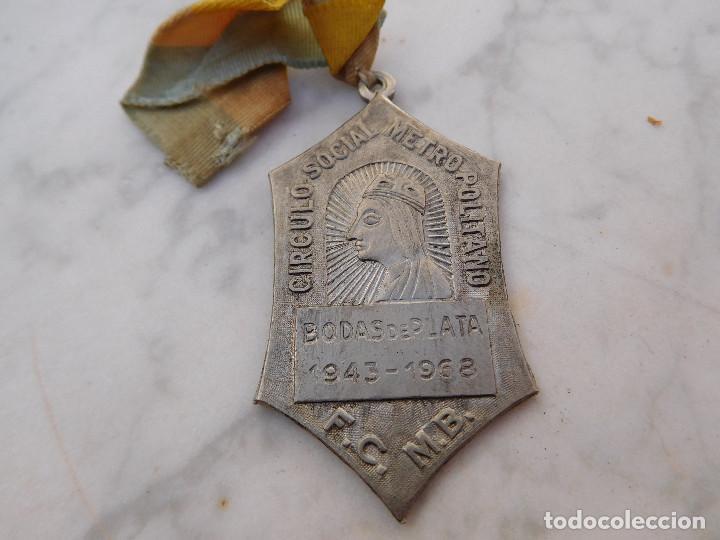 MEDALLA N.S. DE MONTSERRAT METRO BARCELONA (Antigüedades - Religiosas - Medallas Antiguas)
