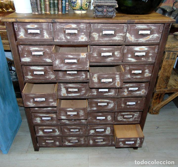 Antigüedades: antiguo mueble de merceria, restaurado, ideal consola,32 cajones decorativo y funcional - Foto 3 - 191819333